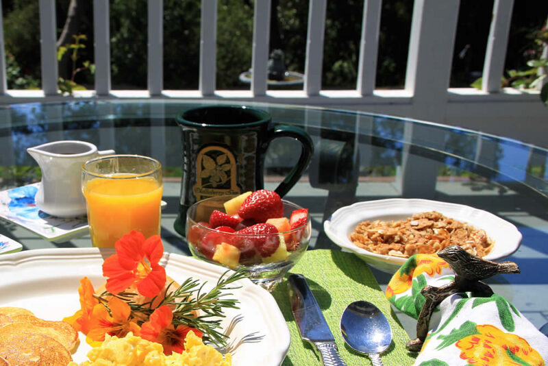 cambria bed and breakfast: granola with fruit