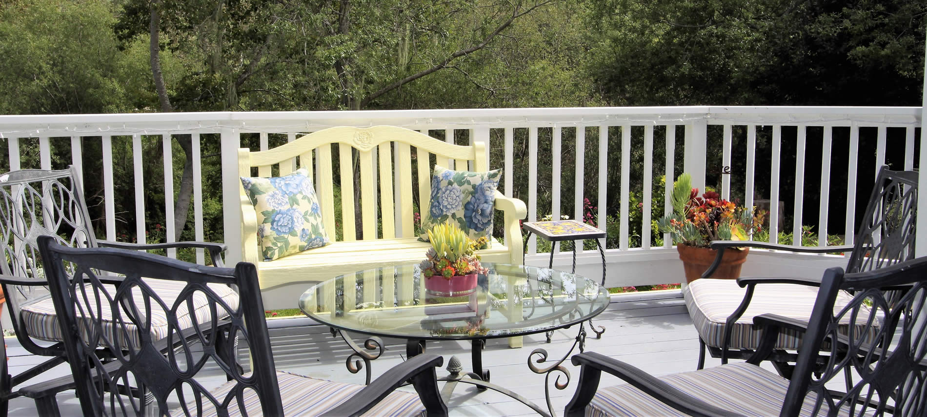 cambria lodging back deck at olallieberry inn