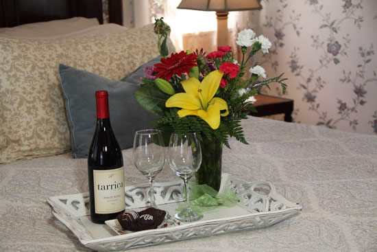 cambria boutique hotel flowers, chocolates and wine